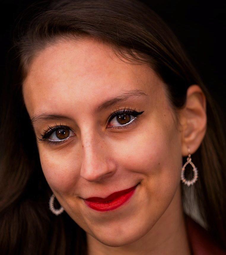 Lara Segrillo (She/Her)